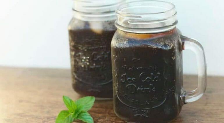 cold brew coffee in mason jars