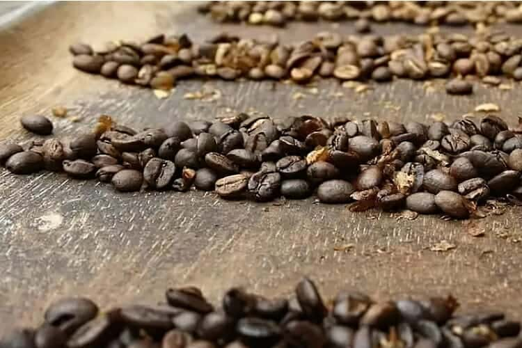 how to blend coffee beans at home